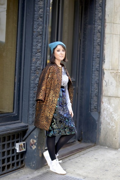 tawny H&M coat - turquoise blue Zadig & Voltaire hat - white nike sneakers