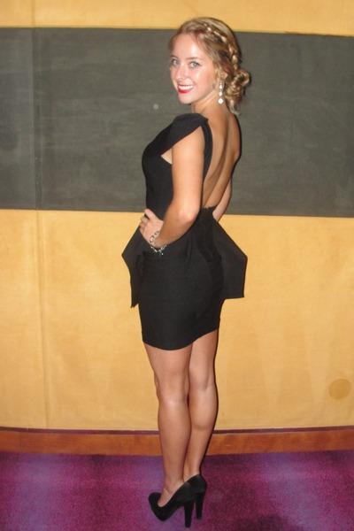 black peplum lulus dress - diamond accessories - black pumps