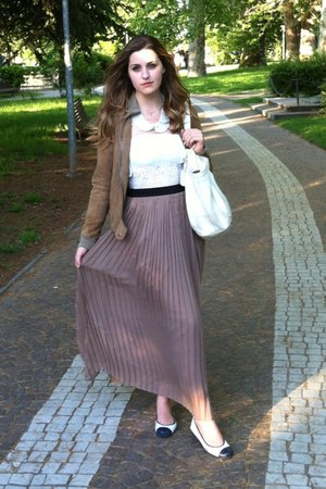 tan chiffon Pennyblack skirt - white Pretty Ballerinas shoes