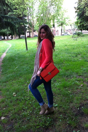 carrot orange leather Valentino bag - beige suede and studs Zara boots