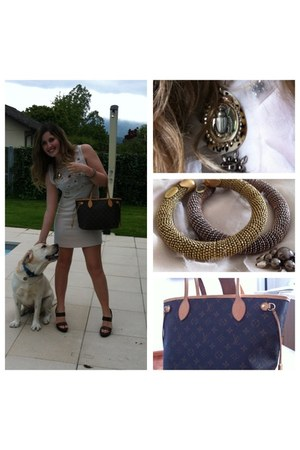 silver metal Silvia Gnecchi bracelet - beige Zara dress