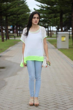 white neon trim PERSUNMALL top - light blue skinny jeans Unlabelled jeans