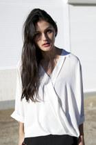 white wrap collar Seed Heritage shirt - black skort Zara shorts