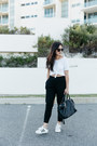 Black-mira-minskat-copenhagen-bag-black-oversized-zerouv-sunglasses