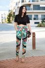 Black-rodriguez-dylan-kain-bag-teal-wanderer-elliatt-pants