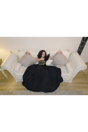 black tafetta Giada Curti dress