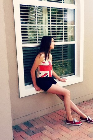ruby red british flag Forever 21 blouse - navy high waisted Forever 21 shorts