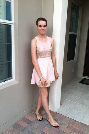 bubble gum gold and Forever 21 dress - neutral sandals - neutral accessories