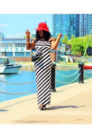 black trendyland dress - white peep toe Spring shoes - red floppy llbean hat