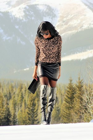 brown animal print Ardene top - black over the knee Aldo boots