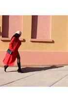red trench Ladea coat - black Planisphere boots