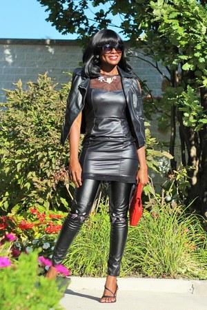 black ardene pants
