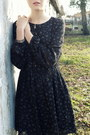 Navy-floral-dress-zara-dress-black-dots-calzedonia-tights