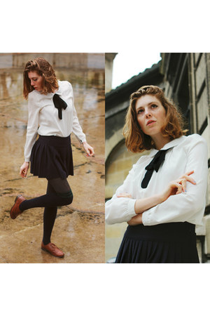 navy pleated skirt Pimkie skirt - white bowtie New Dress shirt