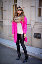 hot pink hot pink Boohoo coat - black faux leather Topshop leggings
