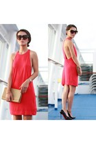 red JAMI accessories - red Zara dress - beige clutch YSL bag