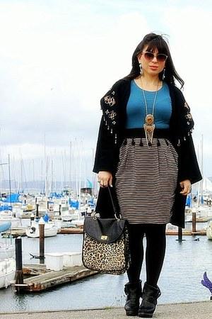black vintage sweater - camel Forever 21 purse - teal Gap top - brown H&M skirt