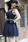 Black-vintage-dress-black-charles-david-boots-black-vintage-belt