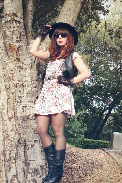 black Joie boots - ivory telltale hearts vintage dress - black vintage hat