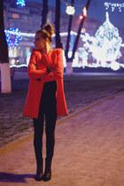 Choies coat - Stradivarius boots - Zara pants - H&M necklace