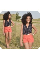 blue star printed delias blouse - red high waisted shorts - white belt