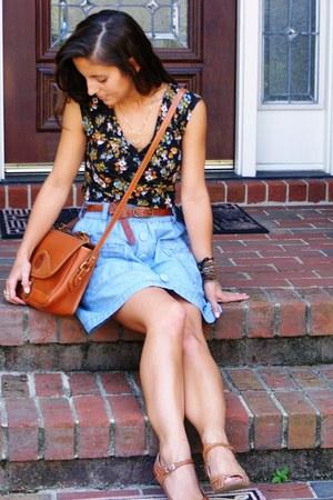 tawny vintage Dooney & Bourke purse - sky blue Billabong skirt