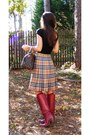 Brick-red-vintage-dex-boots-dark-brown-vintage-louis-vuitton-purse