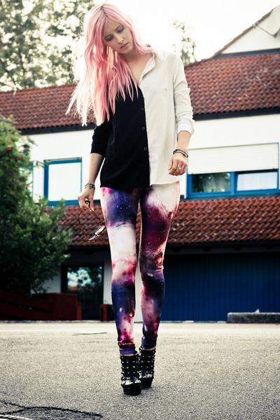 space beginning boutique leggings