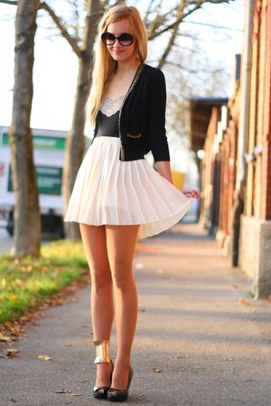pleated RARE skirt