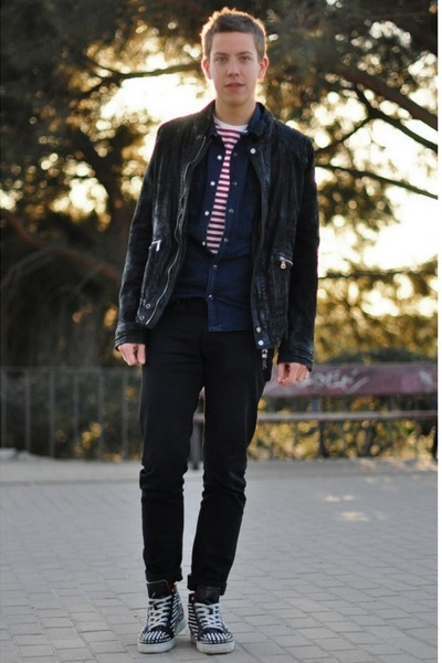 red striped Primark t-shirt - black leather Zara jacket
