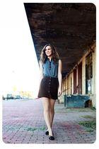 blue top - brown skirt