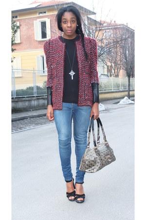 Zara jeans - brick red Zara blazer - black H&M shirt - charcoal gray Guess bag