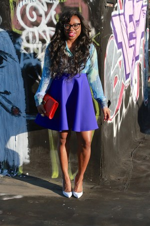 blue full circle MSGM skirt - red classic y Saint Laurent bag