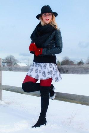 black black felt hat uphoria boutique hat - stuart weitzman boots - H&M jacket