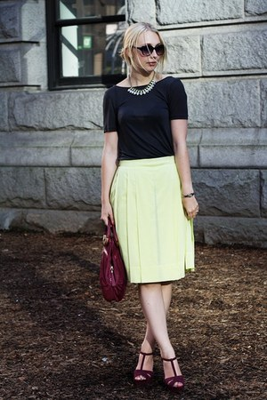 light yellow pleats COS skirt - maroon gold hardware Ri2K bag