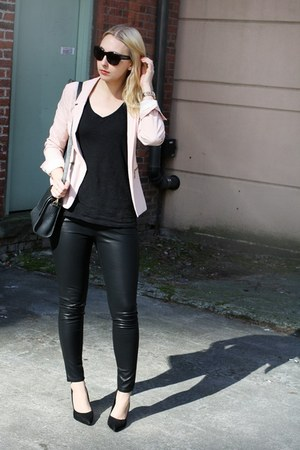 light pink Pull &amp; Bear blazer - black BDG pants - dark gray Zara t-shirt