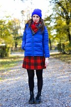red tartan Front Row Shop scarf - black 1460 Dr Martens boots