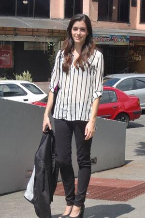 Zara jeans - Stradivarius blazer - Zara blouse - Versilia pumps