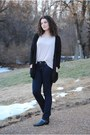 Black-pointed-thrifted-boots-navy-skinny-jeans-american-eagle-jeans
