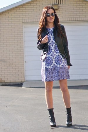 blue Lulus dress