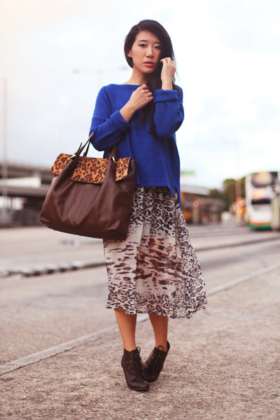 tawny Joy and Peace bag - tan Monki dress - blue Zara jumper