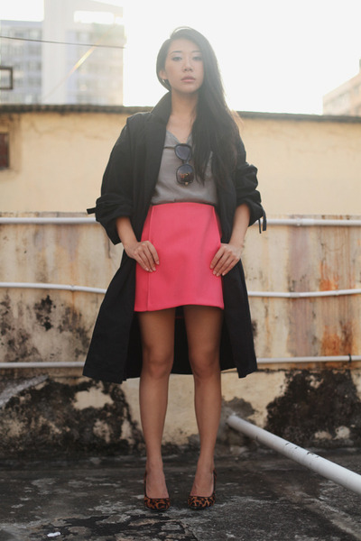 hot pink Zara skirt - black Topshop coat - dark brown Joy and Peace heels