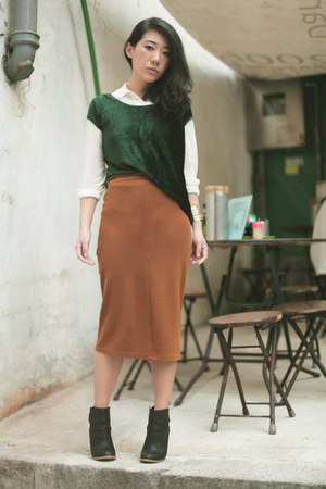 dark green Zara top - black H&M boots - bronze Topshop skirt