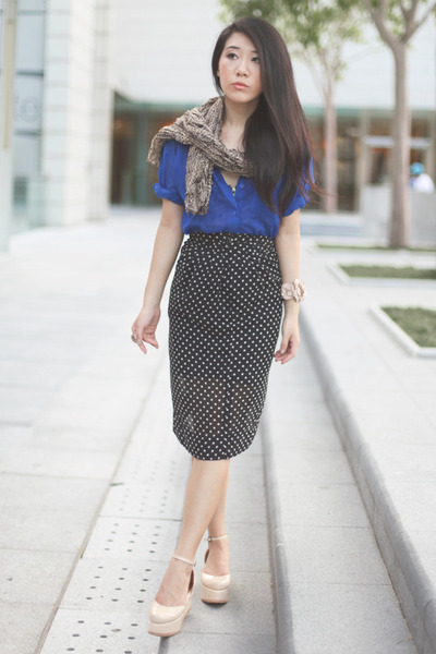 black H&M skirt - blue H&M shirt