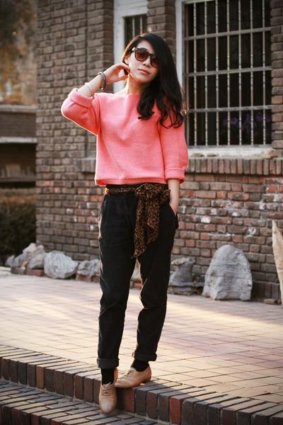 brown leopard print H&M scarf - dark brown asoscom sunglasses - camel oxford Max