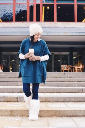 ivory Tecnica boots - teal Aritzia sweater - ivory vintage shirt
