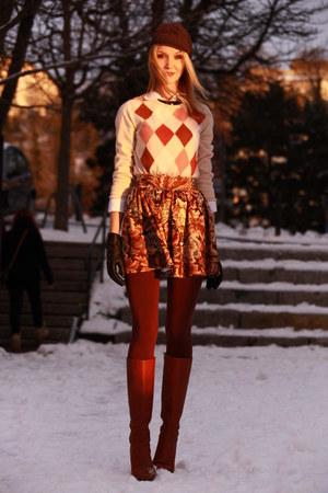 baroque printed River Island skirt - leather LK Bennett boots