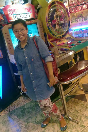 dads collection blouse - Yongki Komaladi shoes