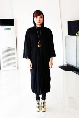 gold gold Fishbone Heels heels - black polyestercotton Volturi Cape hoodie