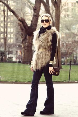 beige Vintage Havana vest - navy BLANKNYC jeans - brown Ralph Lauren bag
